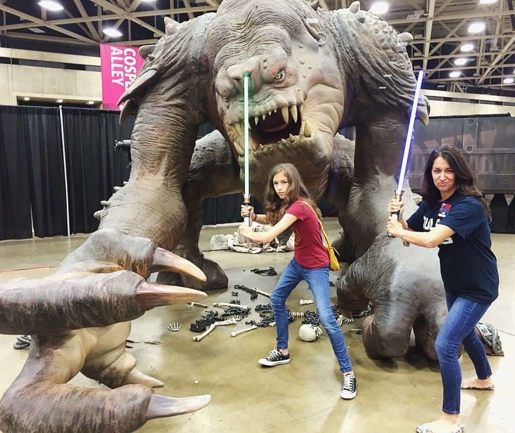 Roxy the Rancor Fan Expo Dallas