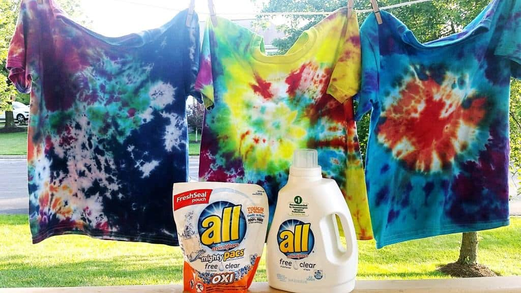 How to tie dye t-shirts with kids