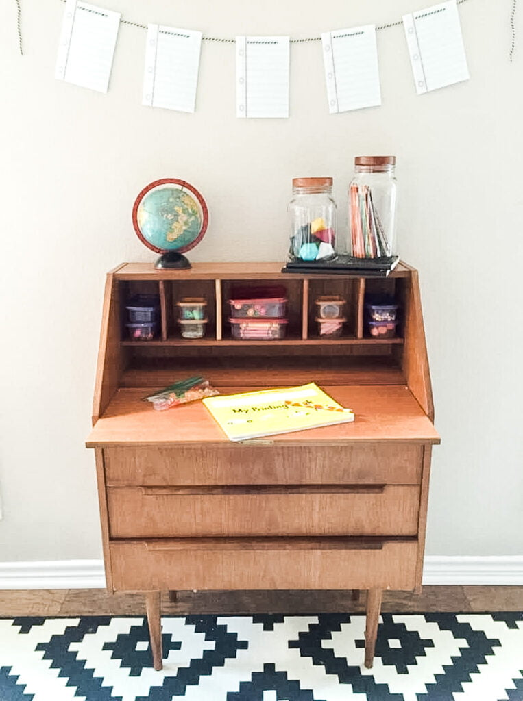 How to Organize a Distance Learning Workspace at Home