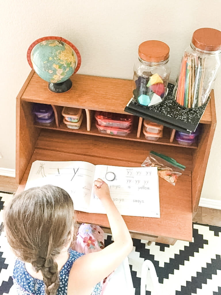 How to Create a Distance Learning Workspace for Kids