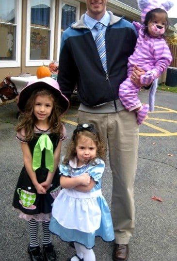 Store bought Alice in Wonderland family Halloween costumes for the win!