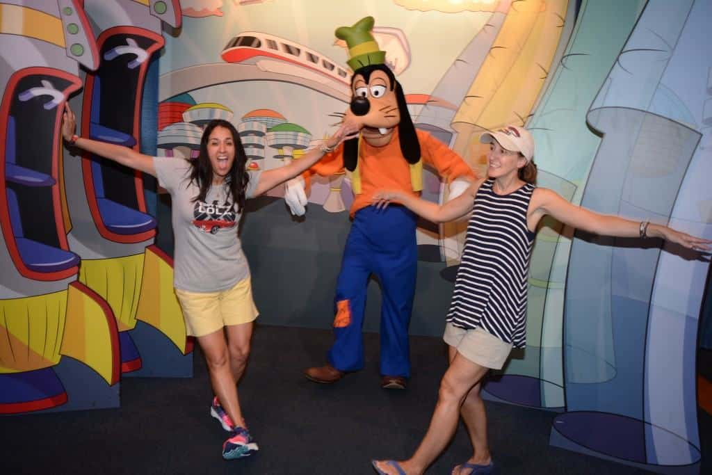 Visiting Epcot and Goofy with the Mistsubishi Mirage