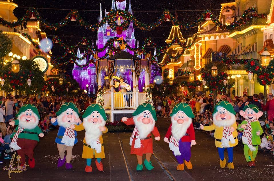 Mickey's Very Merry Christmas Party Parade - Once Upon a Christmastime Parade