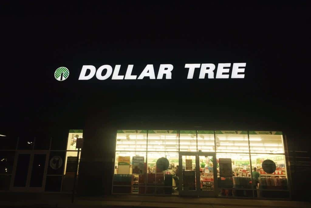 A Dollar Tree Christmas - Christmas shopping on a budget for kids