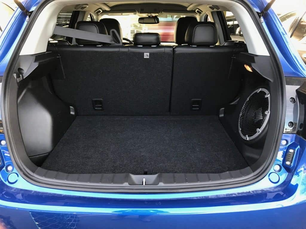 2016 Mitsubishi Outlander Sport trunk space