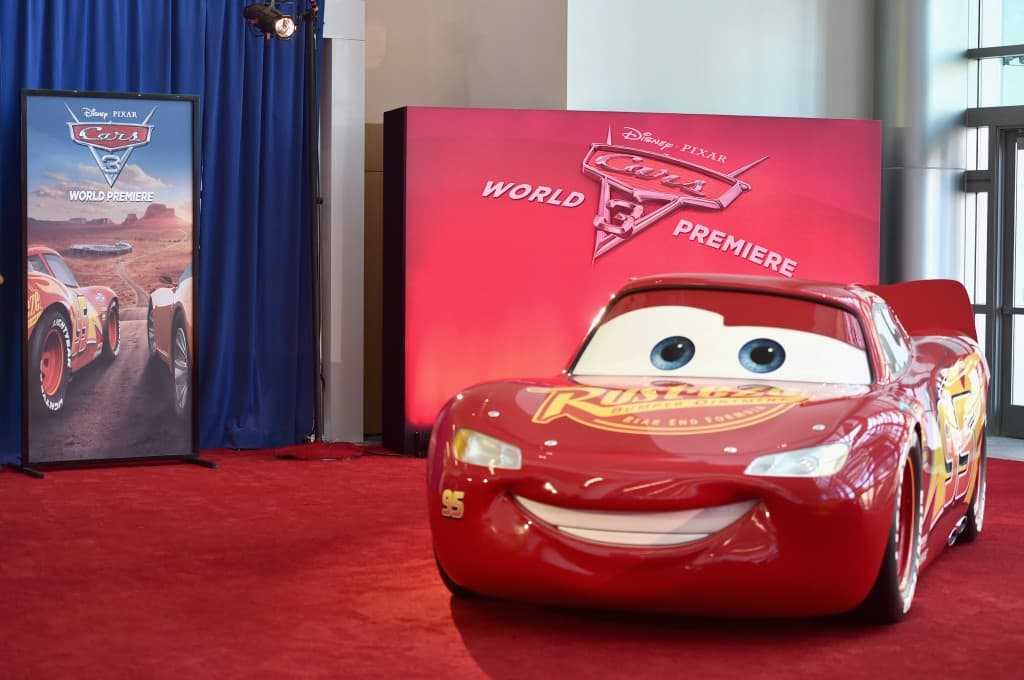 Lightning McQueen made an appearance at the Cars 3 Premiere Red Carpet.