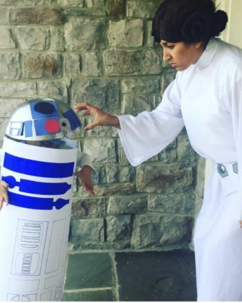 Easy Halloween Costumes For Moms and Kids