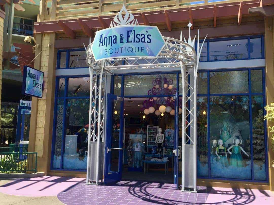 Anna and Elsa's Boutique in Downtown Disney in Disneyland will no longer offer makeovers starting September 24, 2017.