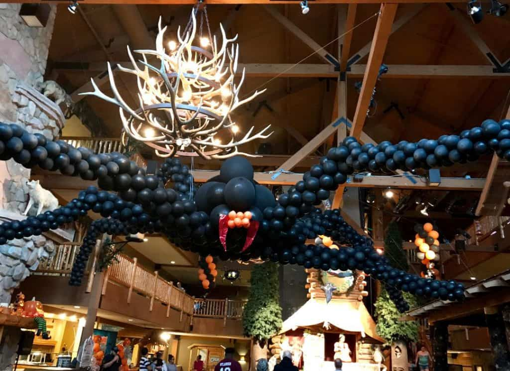 Get greeted by a giant spider to celebrate Halloween at Great Wolf Lodge Williamsburg.