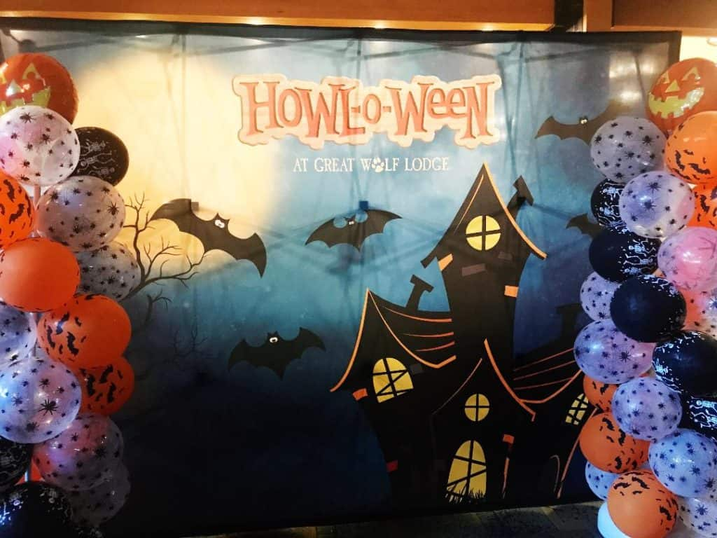 Celebrate Halloween with HowloWeen at Great Wolf Lodge in the fall!