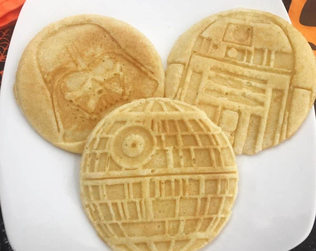 Kellogg's® Eggo® Star Wars Galaxy Adventure Buttermilk Pancakes: A galaxy far, far away is now at your breakfast table with Kellogg's® Eggo® Star Wars Galaxy Adventure Buttermilk Pancakes, featuring six different Star Wars designs!
