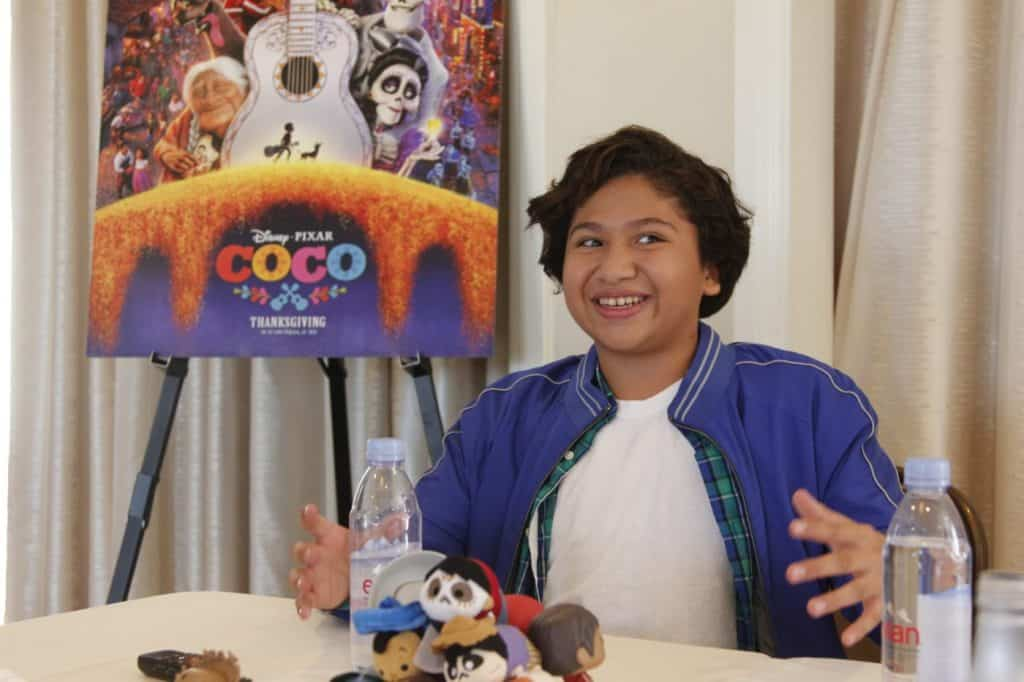 Anthony Gonzalez, voice of Miguel, in Coco sings live in an interview and fills the room with positive energy.
