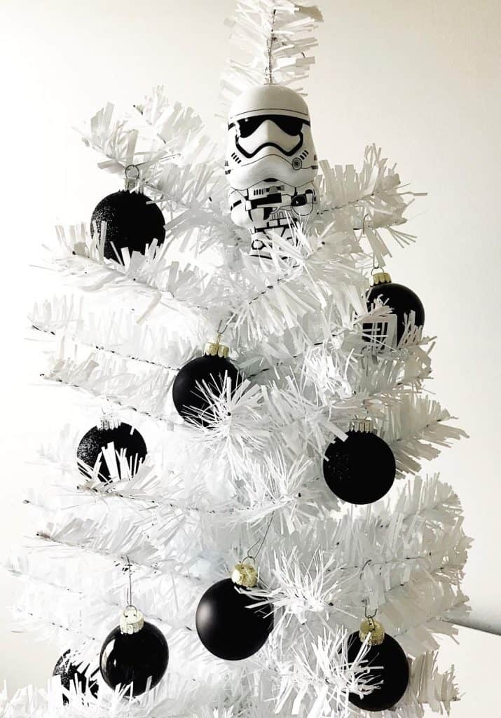 Get your home ready for Star Wars: The Last Jedi with this DIY Disney Christmas tree, Stormtrooper edition.