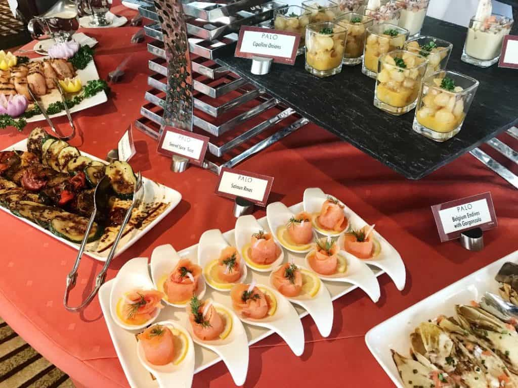 You'll find cold foods and hot foods for Palo brunch on the Disney Magic.