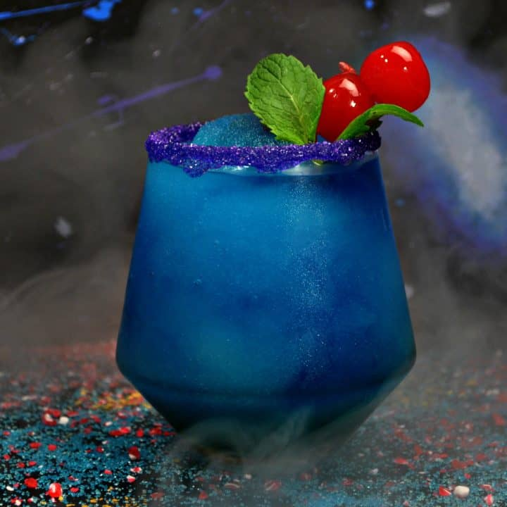 Make this Black Panther drink recipe for your next Avengers: Infinity War party.