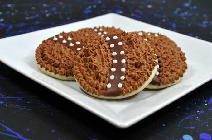 Star Wars cookies that look like Chewbacca for Solo: A Star Wars Story