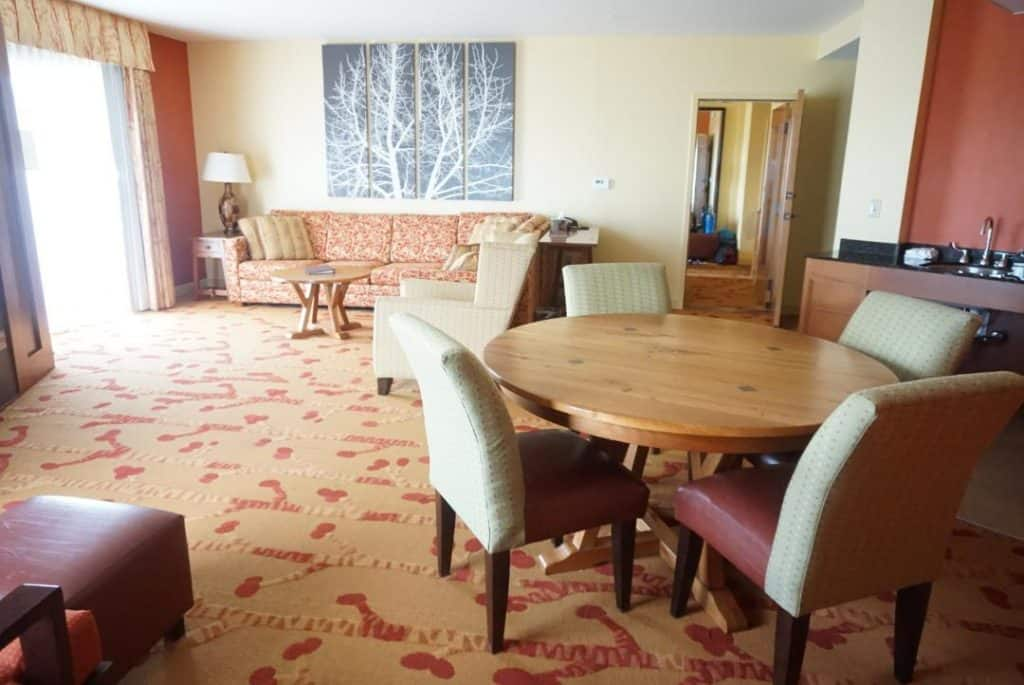 Canaan Valley Resort suite for big families