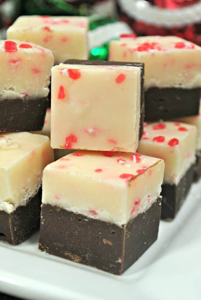 Easy Peppermint Fudge Recipe for the holidays!