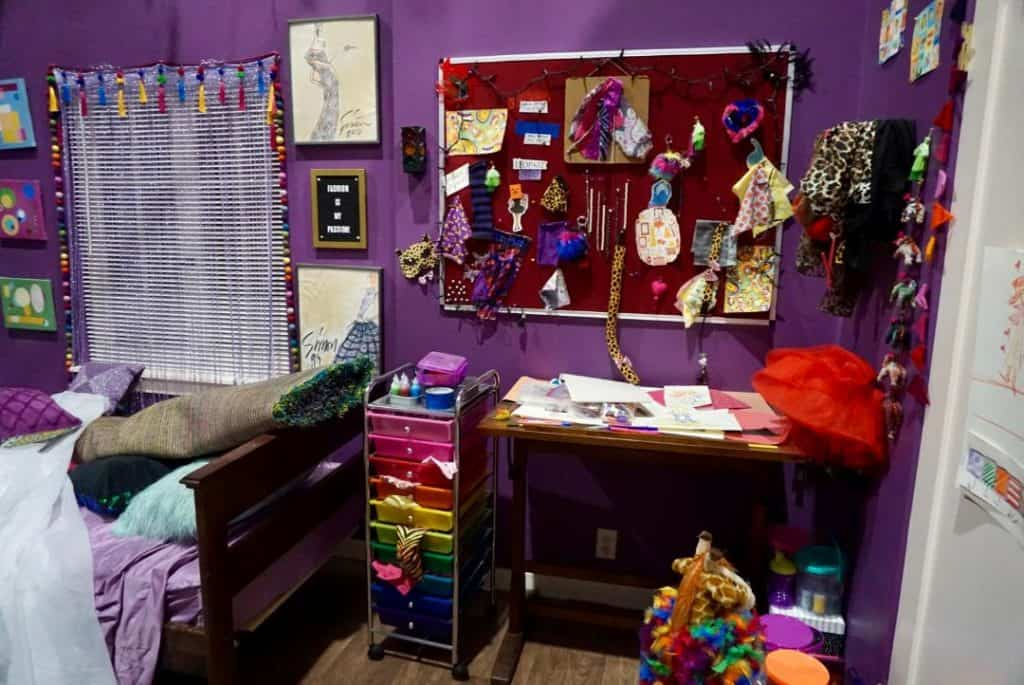 Rory's room on the set of Single Parents