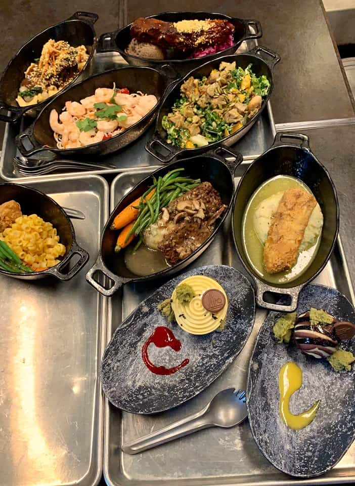 Best and Worst Food at Docking Bay 7 in Galaxy's Edge