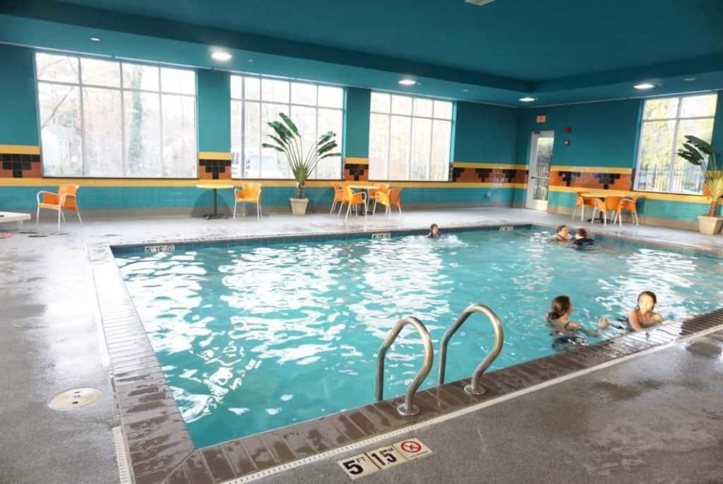 Pool at Holiday Inn Suites Williamsburg Historic Gateway