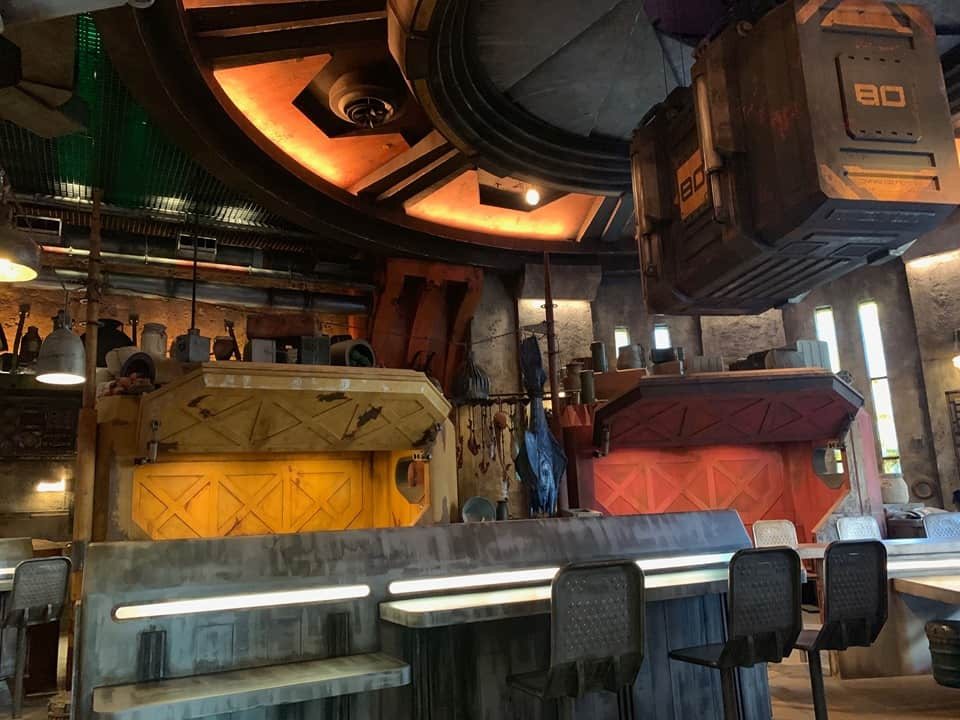 Largest quick-service dining location in Galaxy's Edge - Docking Bay 7