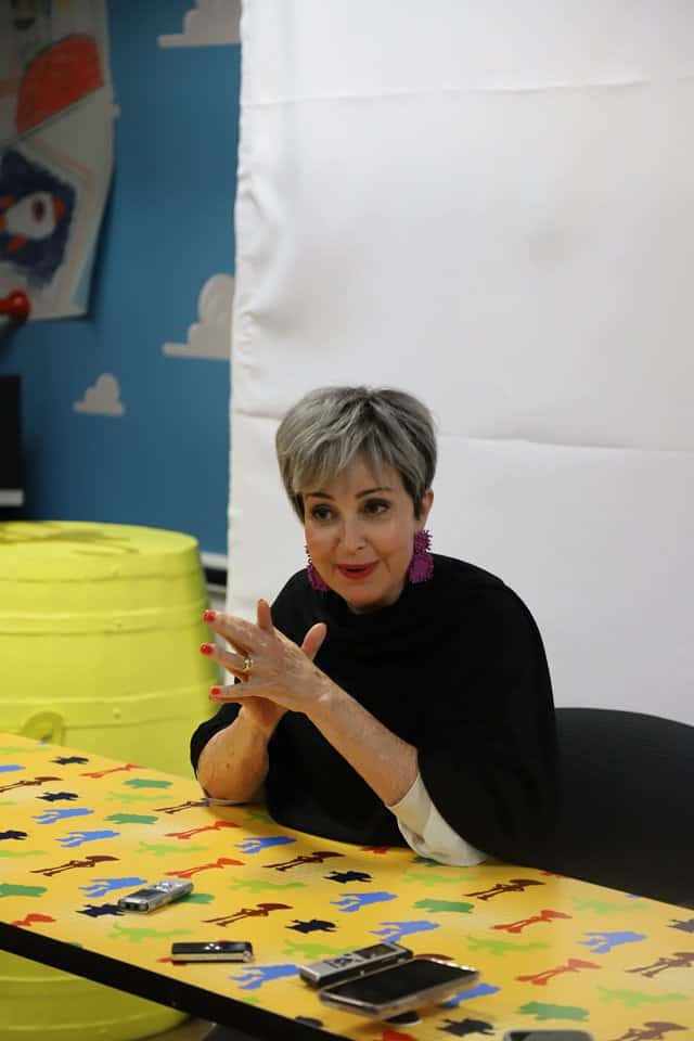 Just Buy the Staff and Other Life Lessons from Annie Potts ...
