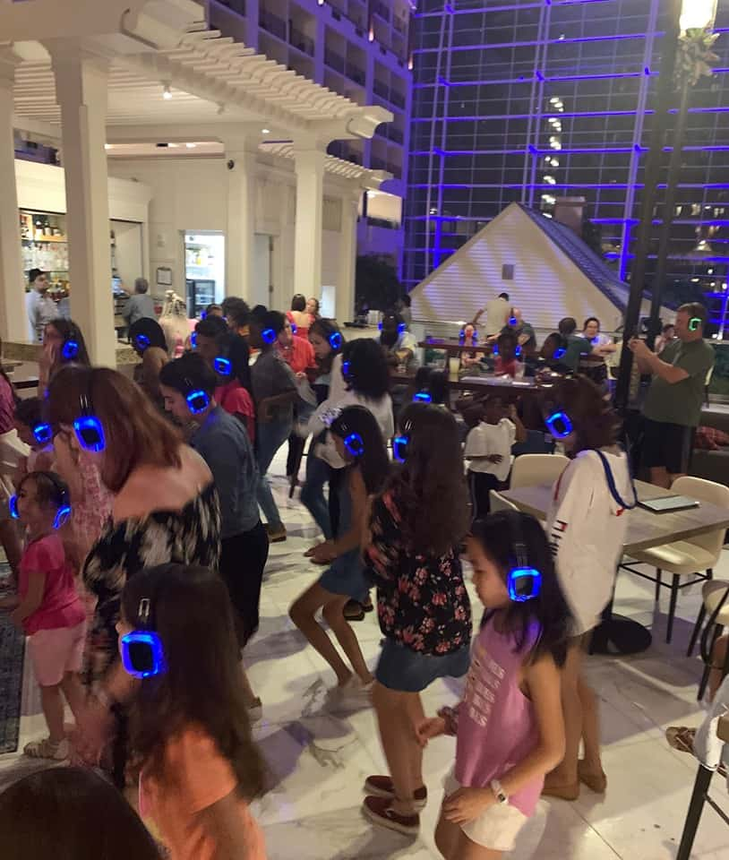 Dance your heart out at Silent Disco for free at Gaylord National Harbor