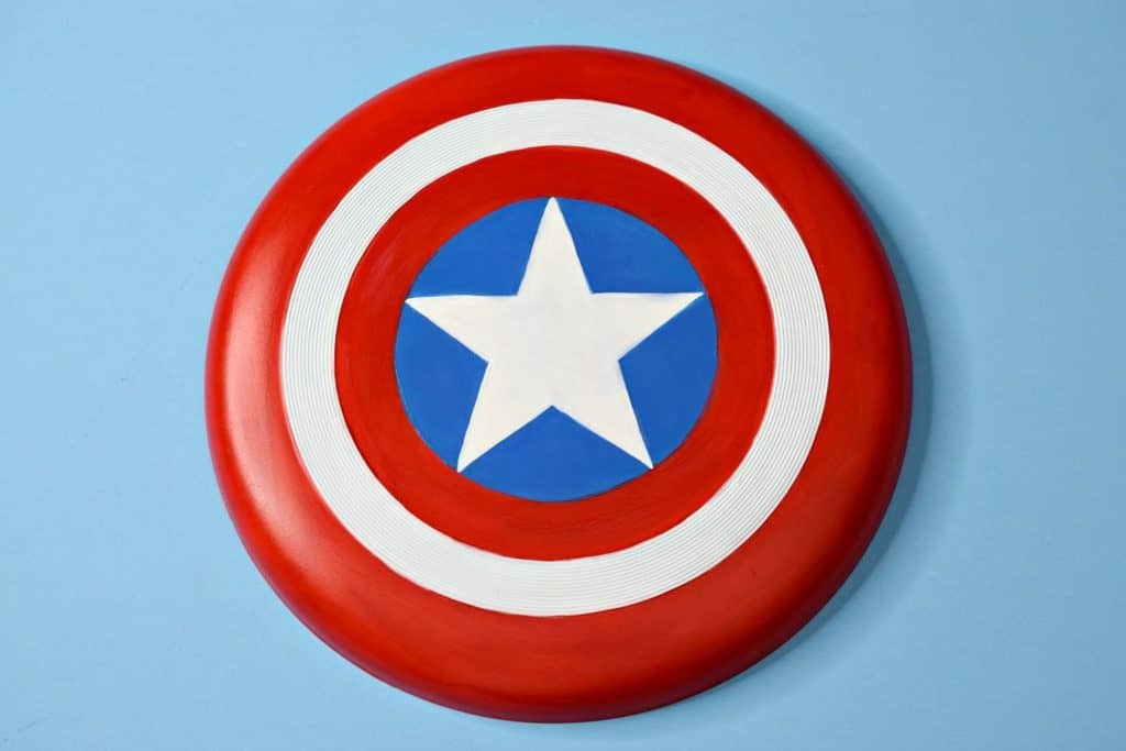 DIY Captain America Frisbee