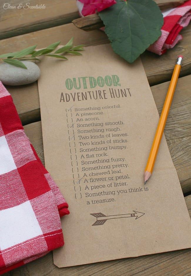 Outdoor Scavenger Hunt for Summer