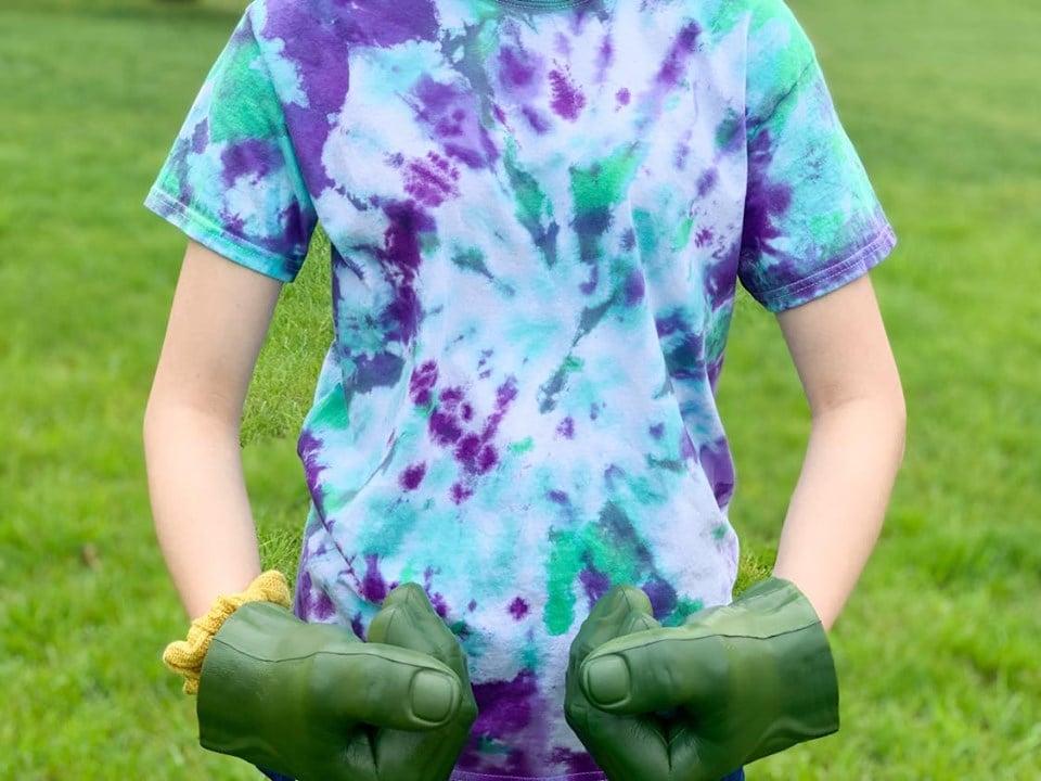 Hulk DIY Tie Dye