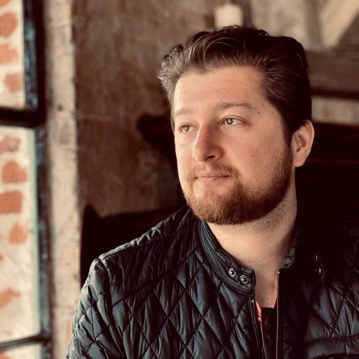 Author Josh Gottsegen