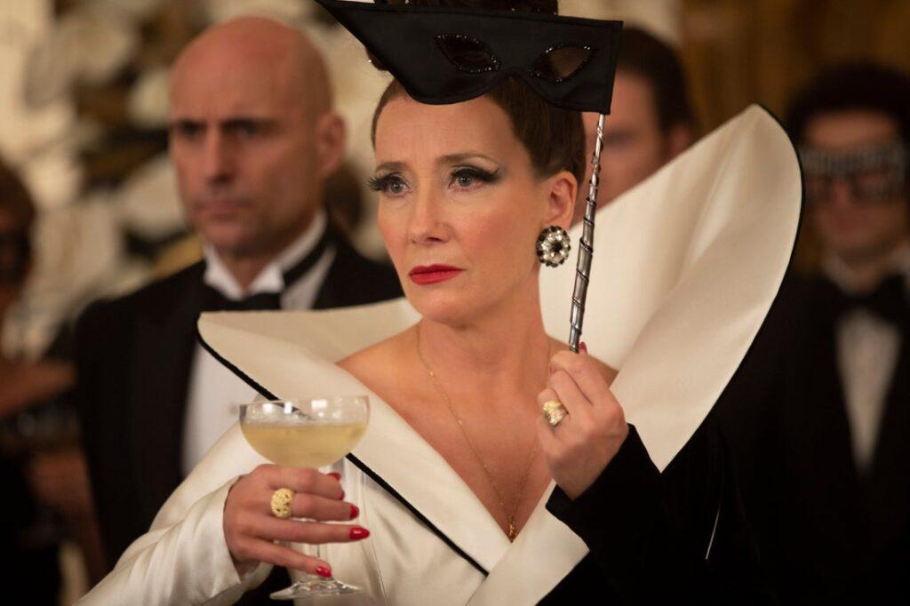 Emma Thompson's Fashion in Cruella